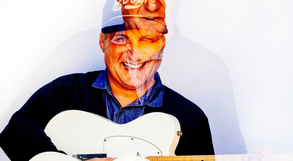 Spiral Stairs shares new video for 'Emoshuns'