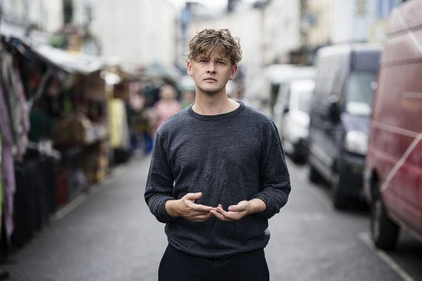 Bill Ryder-Jones shares 'Don't Be Scared, I Love You'