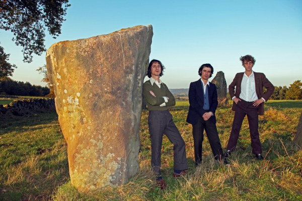 Fat White Family return with third album 'Serfs Up!'