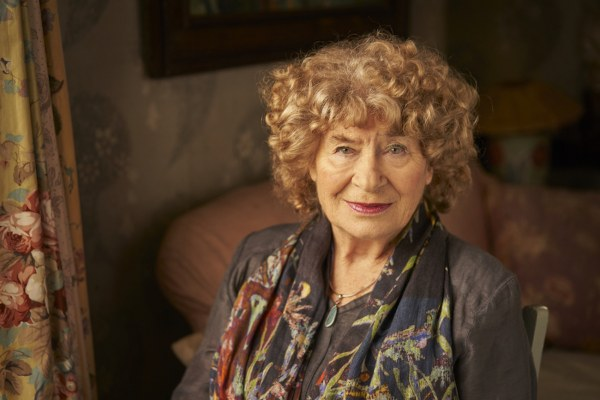 "Shirley Collins announces new album 'Heart's Ease'; shares new song & video ""Wondrous Love"""