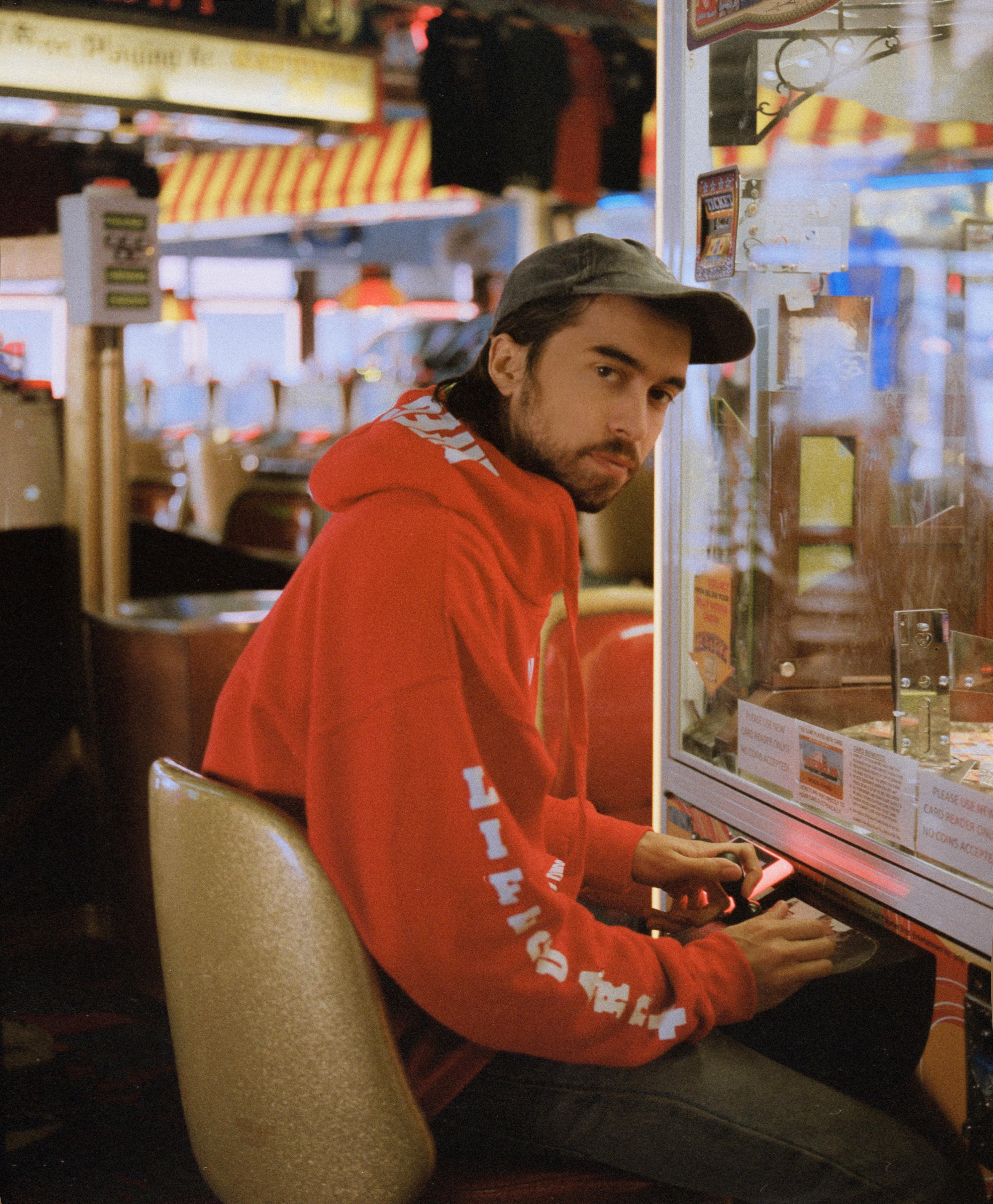 Musique: (Sandy) Alex G. annonce la sortie de son album House Of Sugar