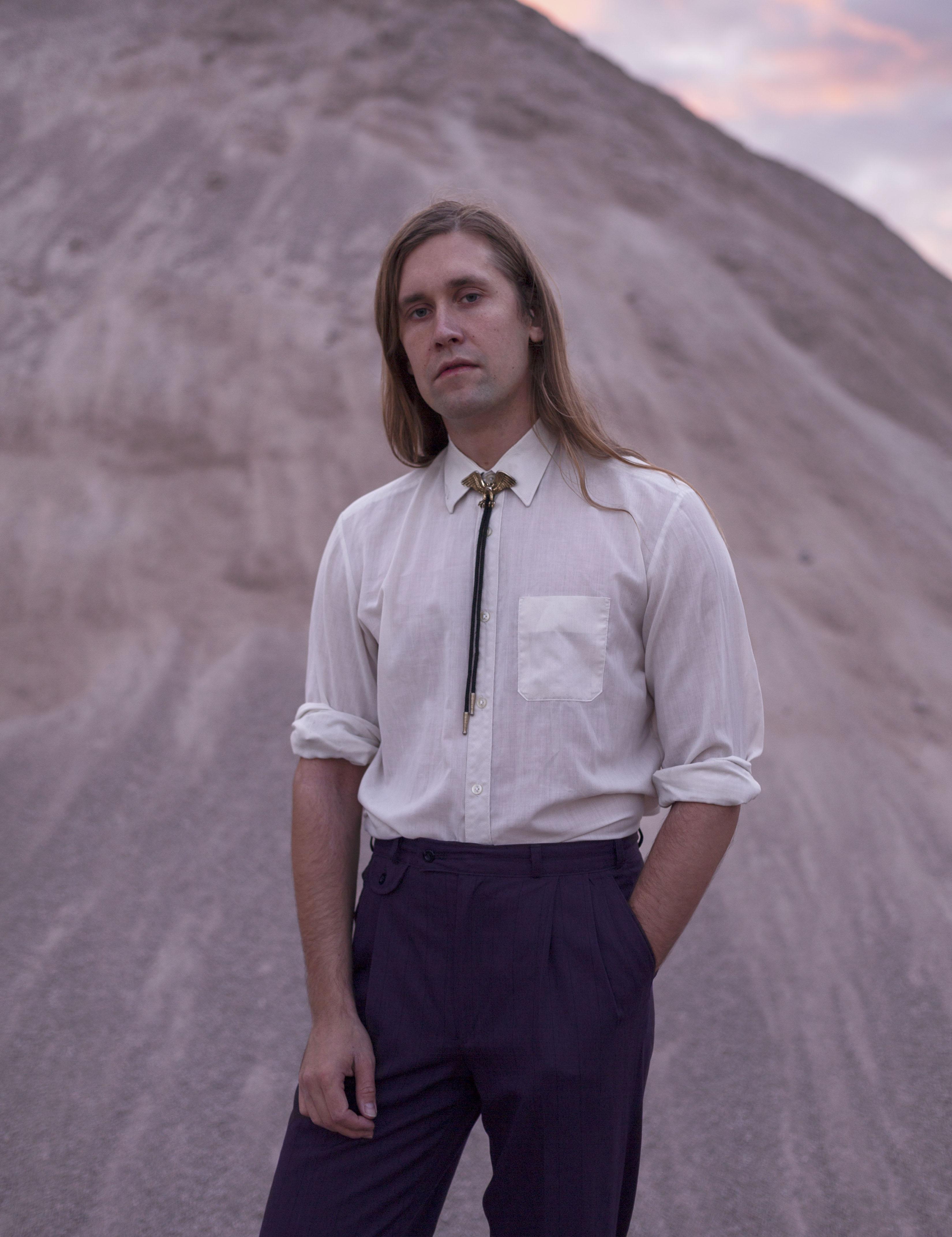 Musique: Jaakko Eino Kalevi a publié son nouvel E.P. intituléDissolutionet dévoile le clip de«I Am Looking Forward»