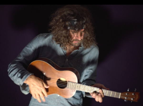 Lou Barlow shares new track Anniversary Song