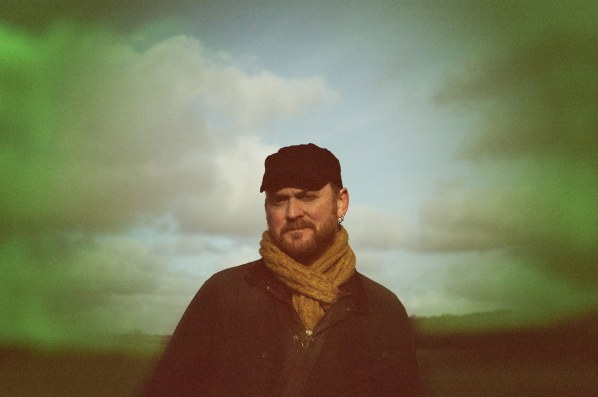 James Yorkston shares Vince Clarke remix of 'Shallow'