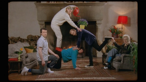Franz Ferdinand share video for 'Glimpse Of Love (Version)'